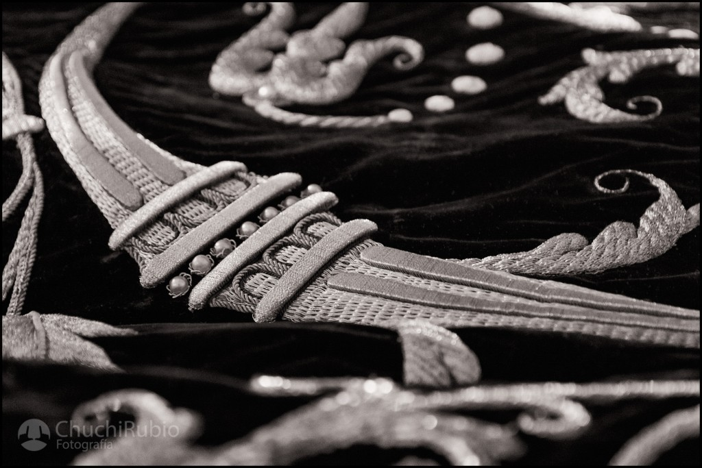 Detalle bordado del manto de la Virgen de la Soledad, Logroño.
